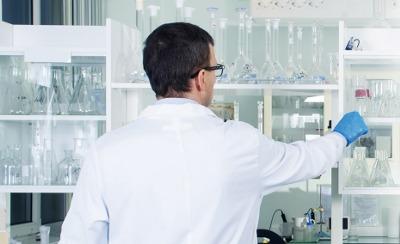 Temperatur- und Feuchtigkeitsmessung im Labor